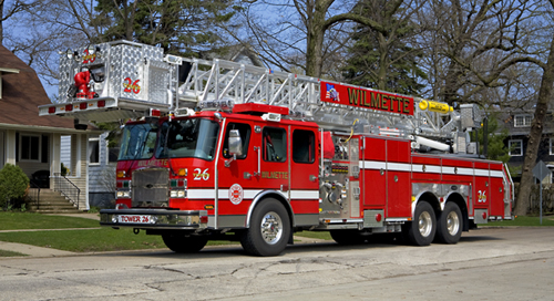 Wilmette Fire Department tower 26 EONE HP95
