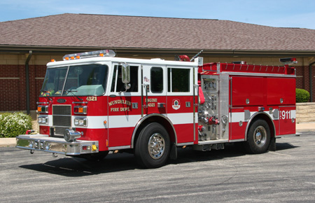 Mundelein FD Pierce Saber engine