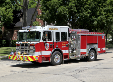 Highland Park Spartan Crimson Engine 32. Larry Shapiiro photo