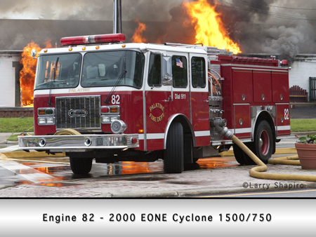 Palatine EONE Cyclone Engine 82 at commercial fire