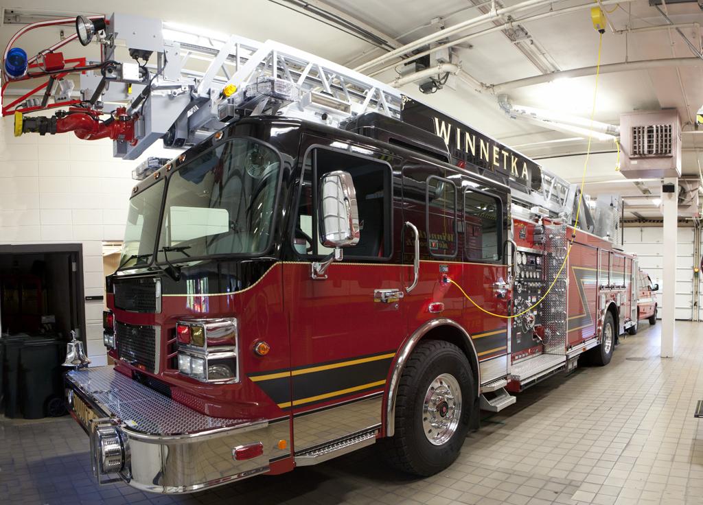 Winnetka Fire Department 2010 Smeal quint