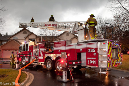Buffalo Grove Fire Department 2010 Ferrara Inferno tower ladder townhouse fire