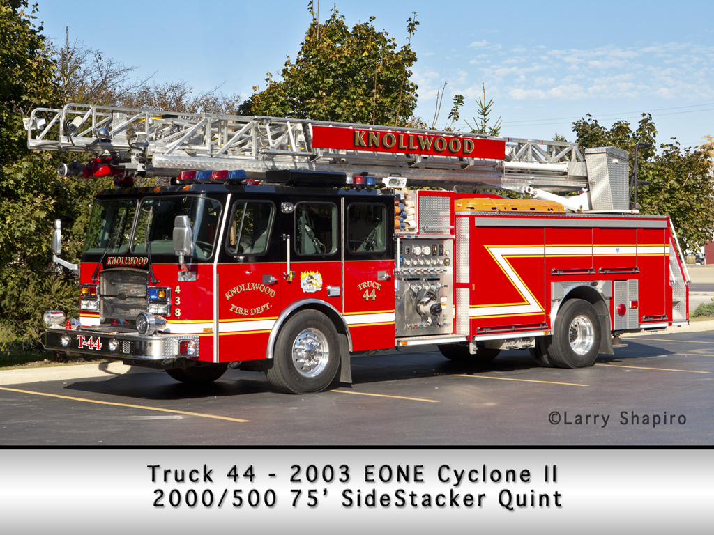 Knollwood Fire Department EONE Typhoon 75' Sidestacker quint