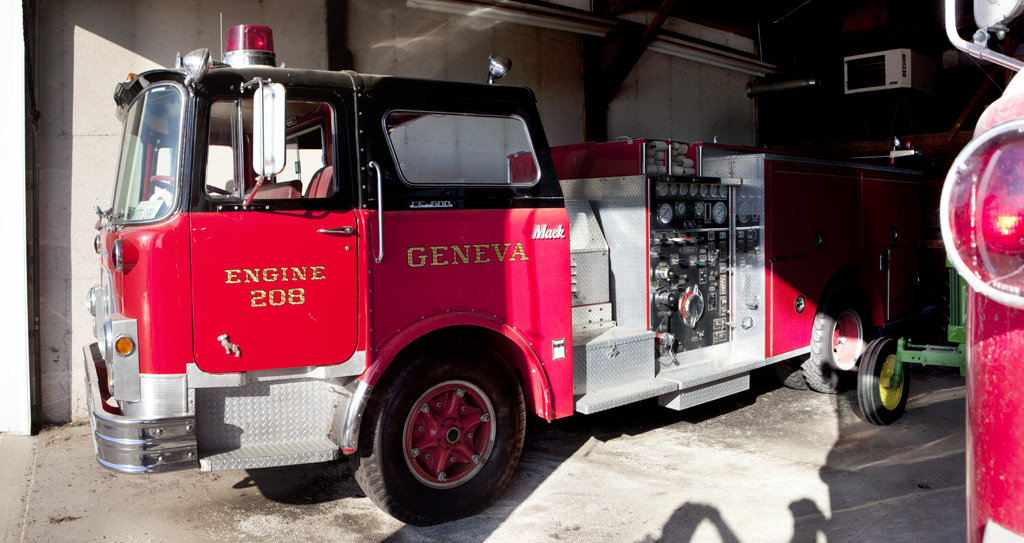 Geneva Fire Department Mack CF engine