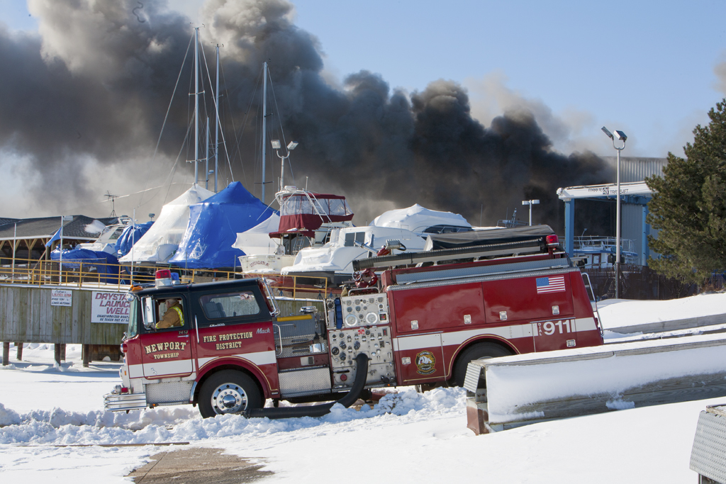 Newport Township FPD Mack engine drafting from Lake Michigan at a Winthrop Harbor fire
