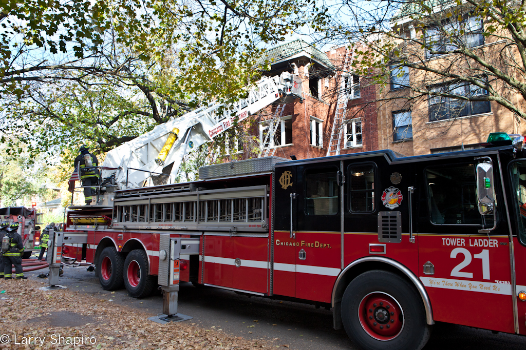 Chicago 2-11 fire Rogers Park Newgard