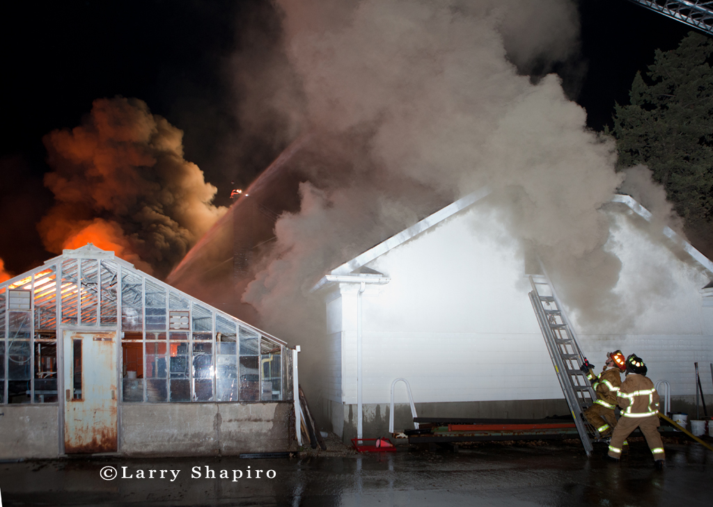 Glenview Box Alarm fire 11-7-10 at 1100 Roosevelt Avenue