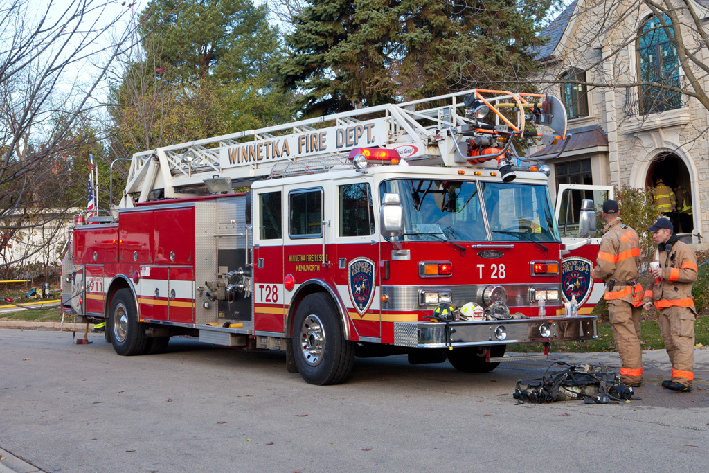 Winnetka Fire Department 1990 Pierce truck 28