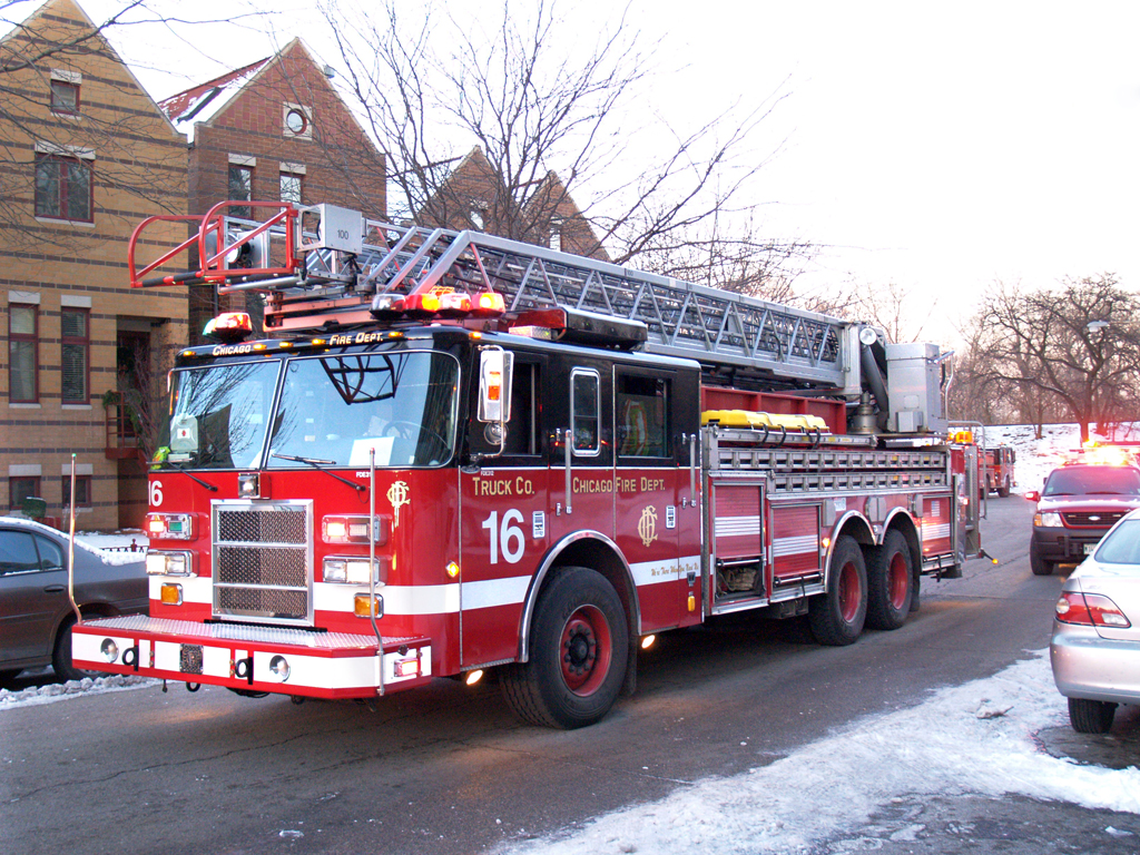 Chicago Fire Department truck 16