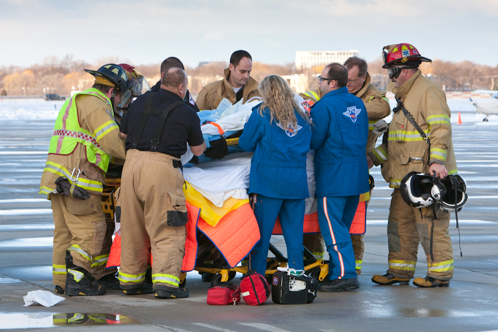 Wheeling IL fatal plane crash December 22, 2010 Flight for Life medivac