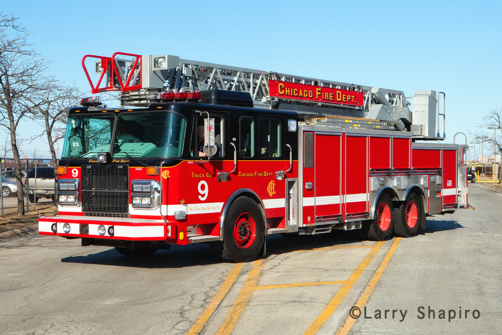 Chicago Fire Department Spartan Crimson Truck 9