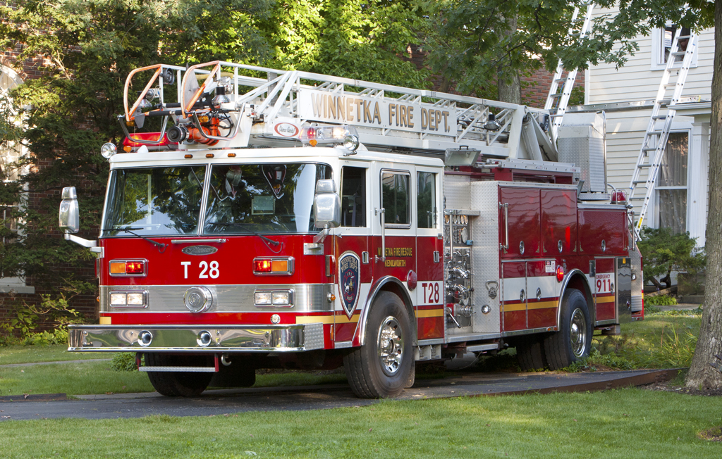 Winnetka Fire Department Truck 28