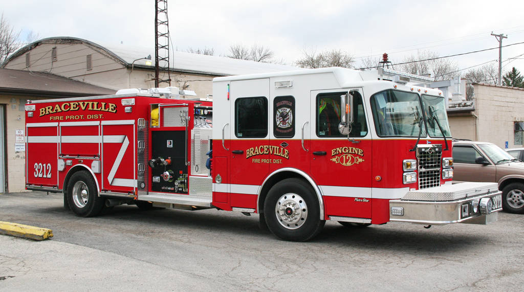 Braceville FPD Engine 3212