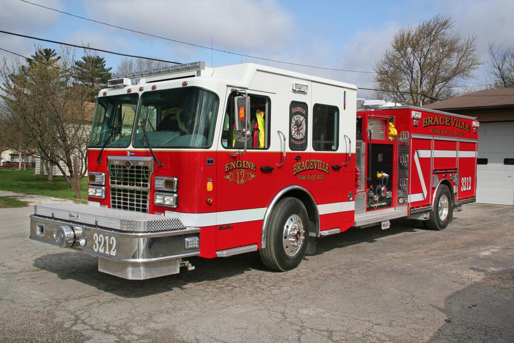 Braceville FPD Engine 3212