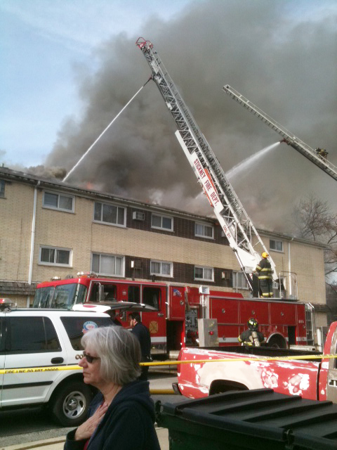 Berwyn 2-11 apartment building fire 4-23-11