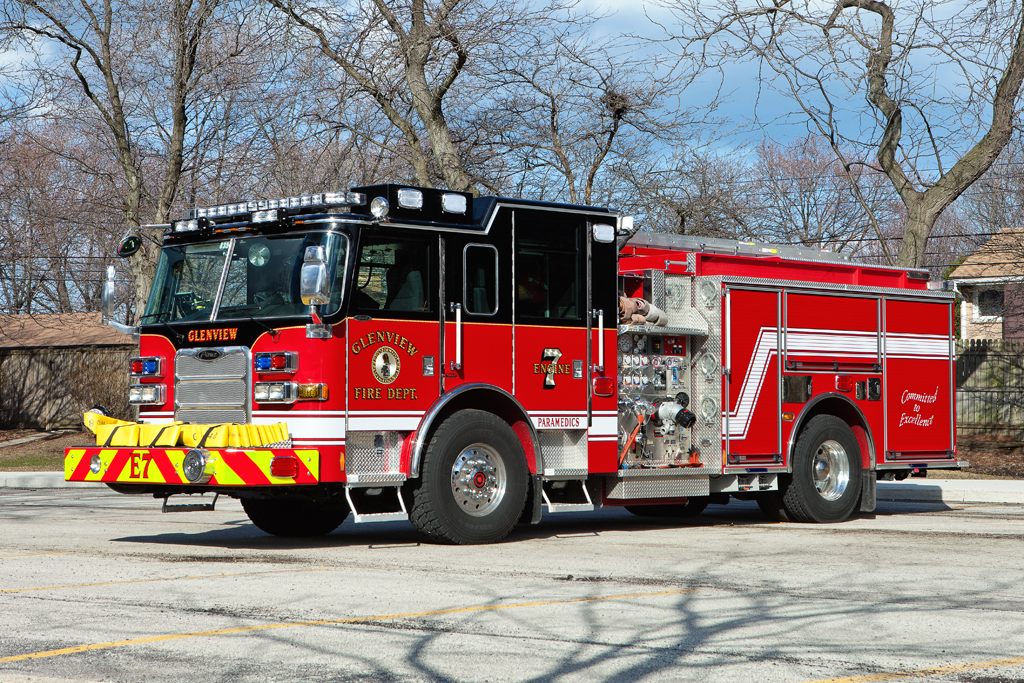 Glenview Fire Department Engine 7 2010 Pierce Arrow XT