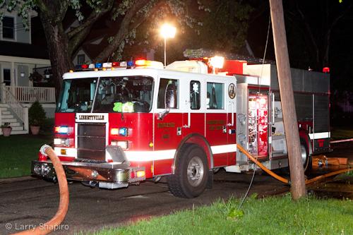 Libertyville garage fire First Street 5-22-11
