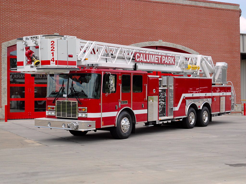 Calumet Park Fire Department HME/Ferrara tower ladder