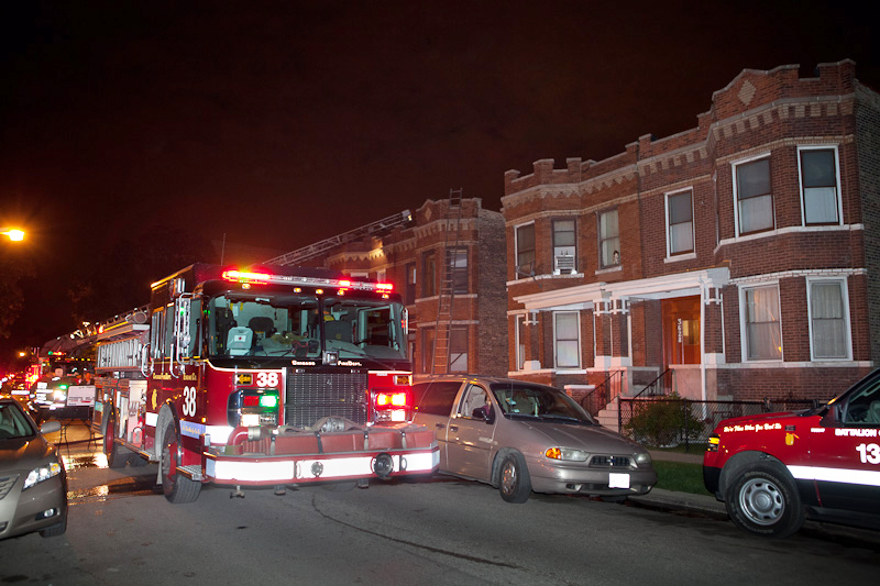Chicago Fire Department Still & Box alarm fire Grenshaw 5-17-11