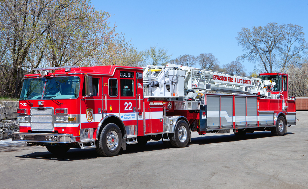 Evanston Fire Department Pierce Arrow XT TDA
