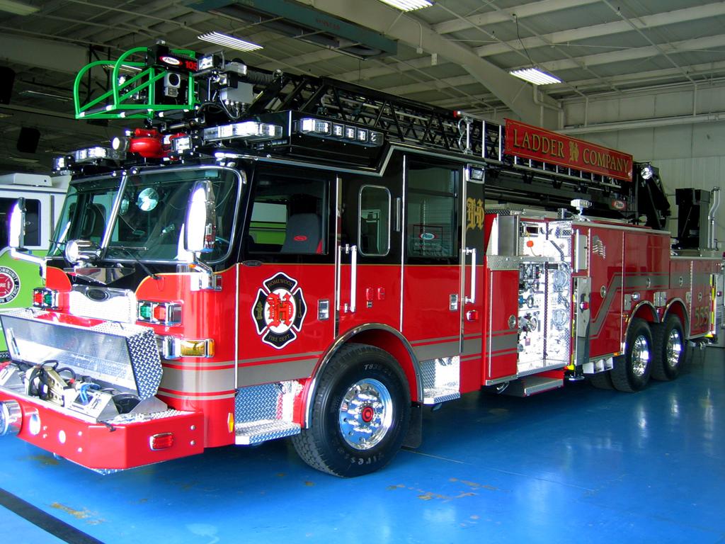 Homewood Fire Department Pierce Arrow XT quint