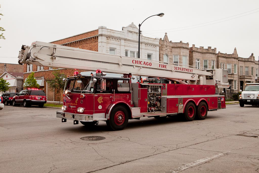 Chicago Fire Department 2-11 5-28-11 15th Street