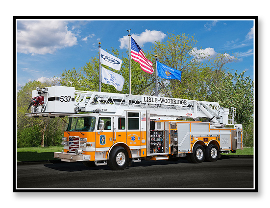 Lisle Woodridge FPD Pierce Arrow XT tower ladder 537