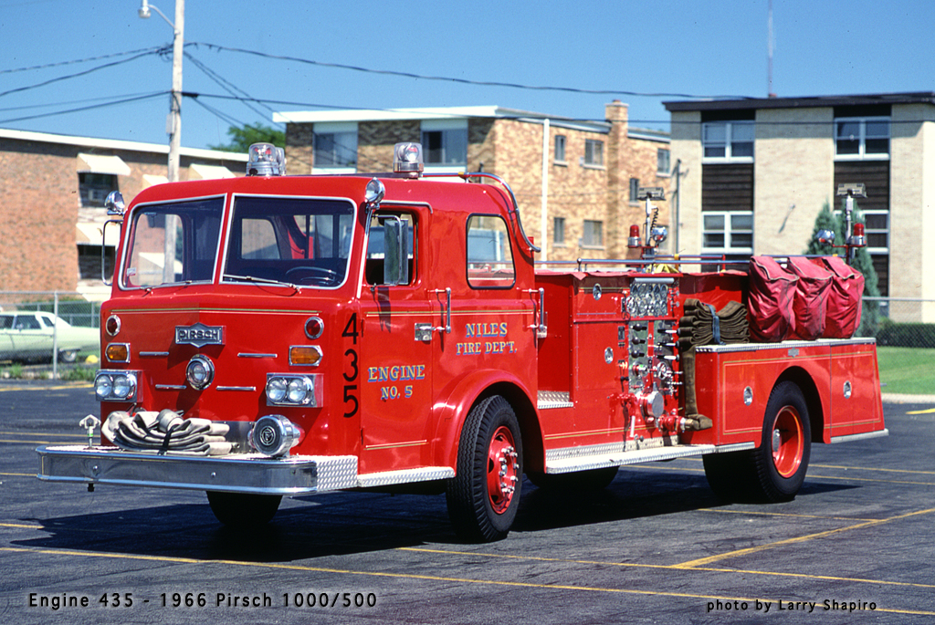 Niles Fire Department Pirsch pumper