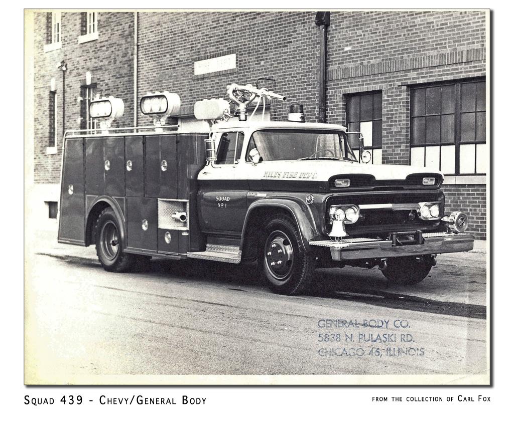 Niles Fire Department antique squad truck