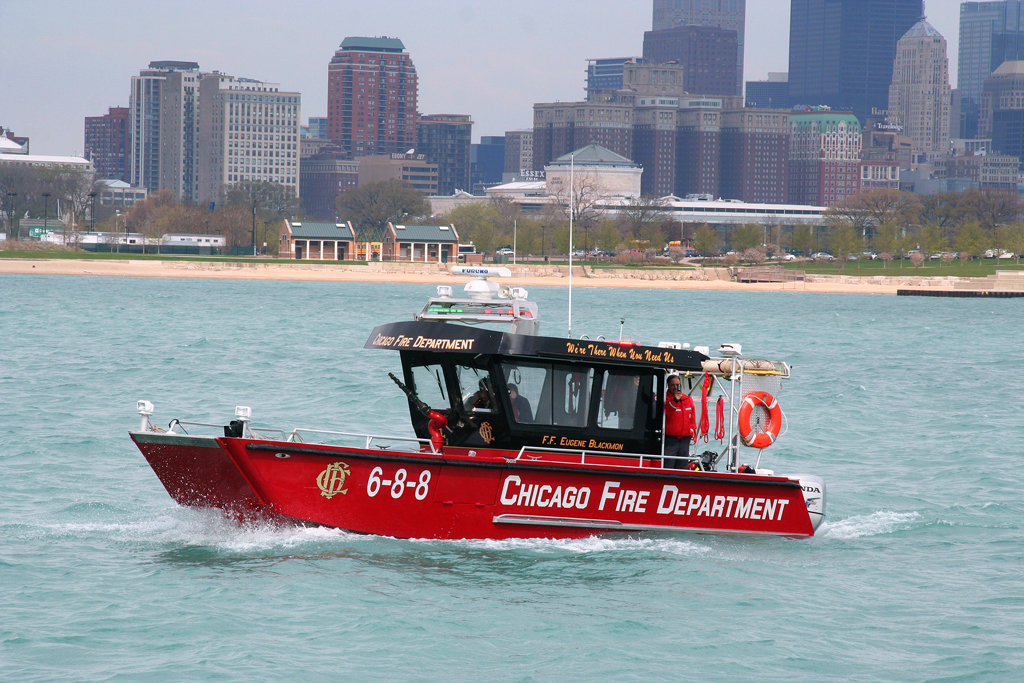 Chicago Fire Department fire boat 688