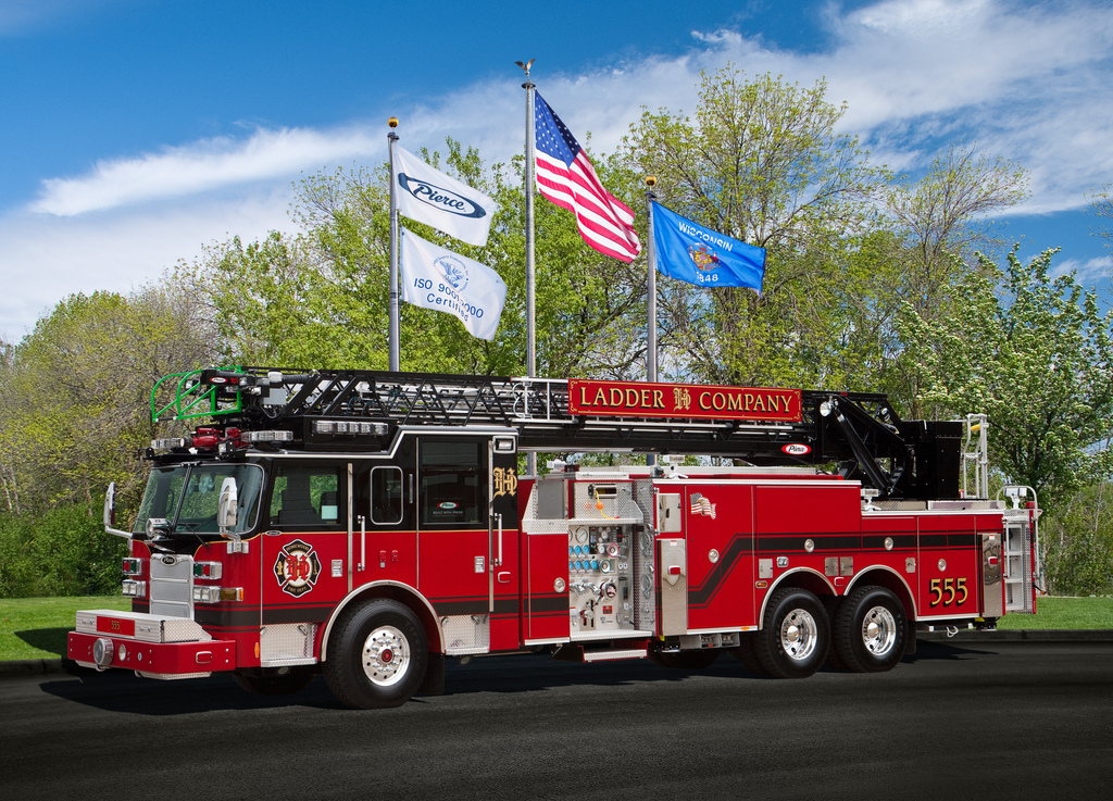 Homewood Fire Department 2011 Pierce Arrow XT 105' quint