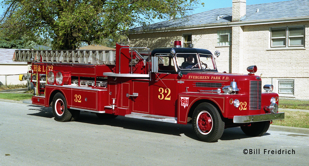 Evergreen Park Fire Department 1956 Pirsch mid-mount quint