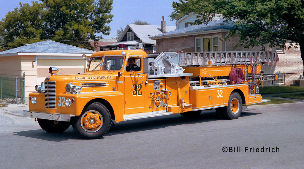 Evergreen Park Fire Department 1965 Pirsch mid-mount quint