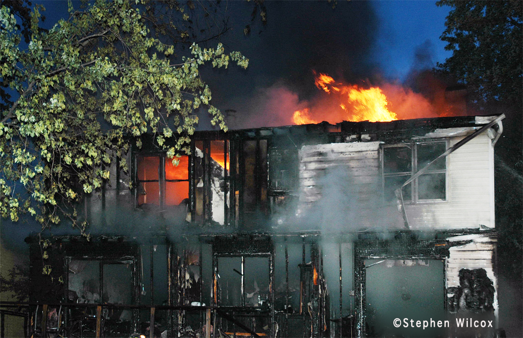 Glen Ellyn house fire on Dawes June 27, 2011
