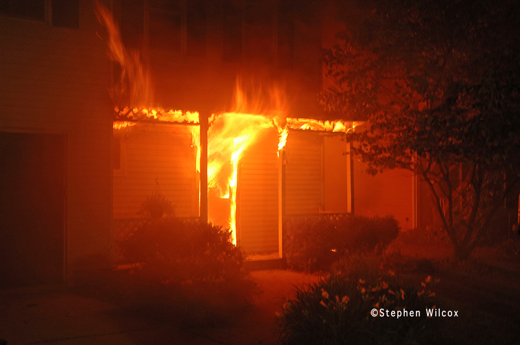 Glen Ellyn house fire Dawes Avenue June 27, 2011 fully involved house fire