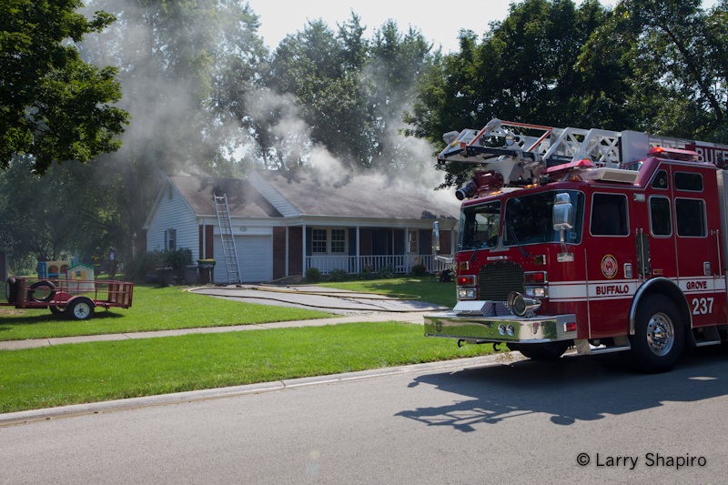 Buffalo Grove house fire on Farrington Drive 8-31-11
