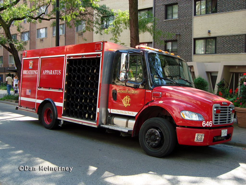 Chicago Fire Department hi-rise fire 5748 SHeridan Road 8-19-11 Air Mask Unit