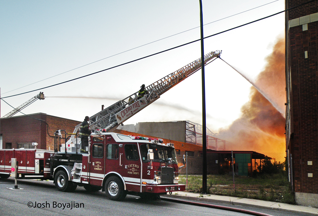 Cicero industrial fire on 54th Avenue 8-16-11 2nd alarm