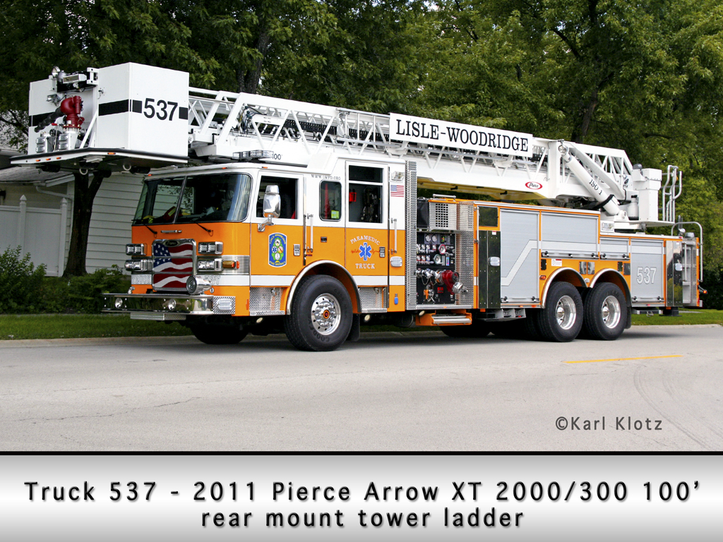 Lisle Woodridge Fire District Truck 537 2011 Pierce Arrow XT tower ladder