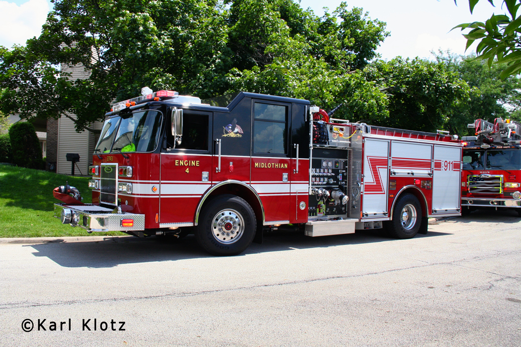 Midlothian Fire Department Engine 4