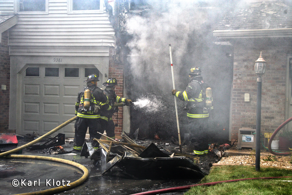 Orland Park townhouse fire 8-13-11 on Bradford