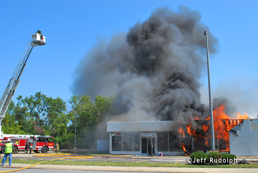 North Chicago vacant motel fire 9-12-11 arson