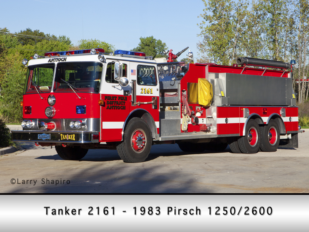 Antioch Fire Department Pirsch pumper/tanker