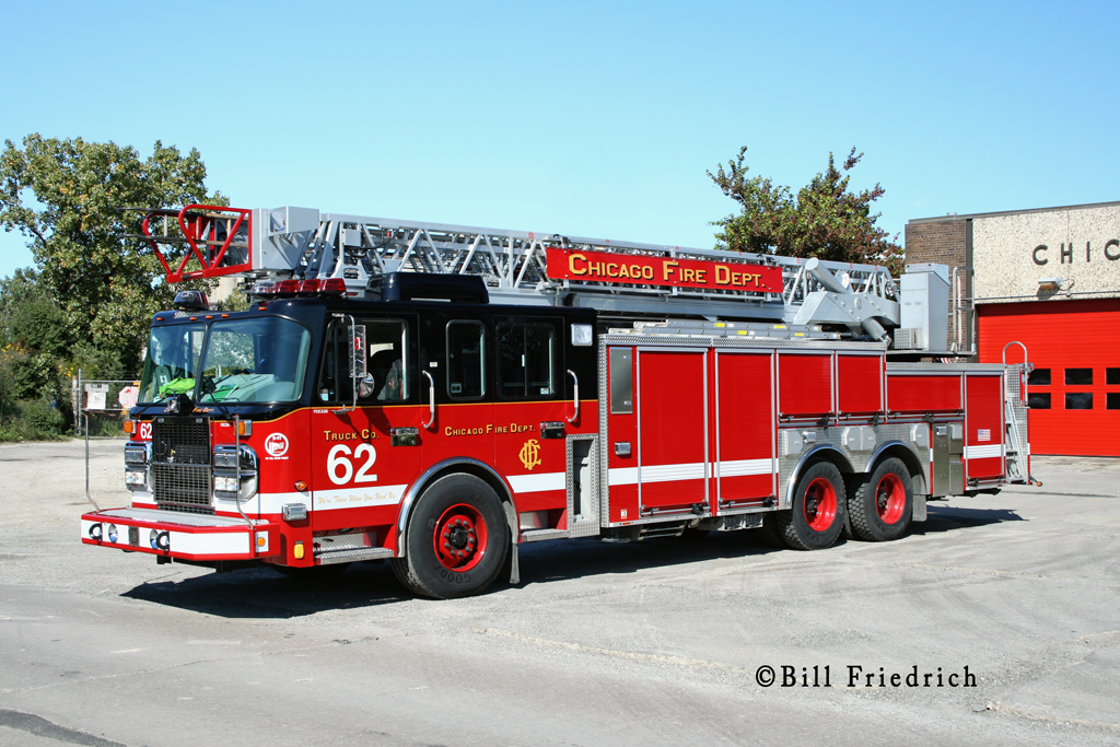 Chicago Fire Department Truck 62 Crimson aerial
