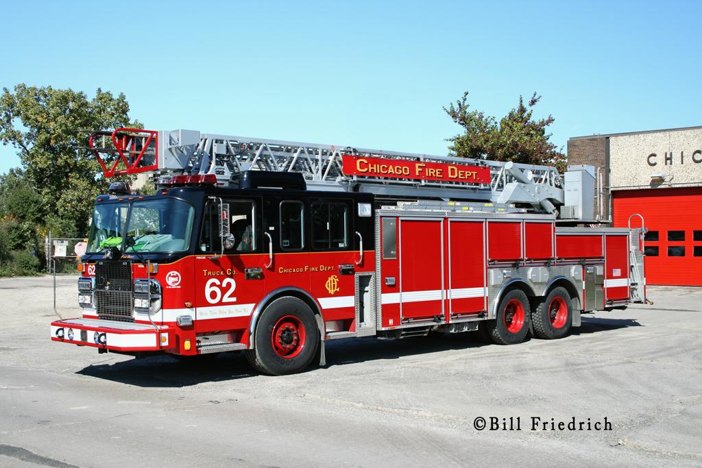 Chicago Fire Department Truck 62 Crimson aerial