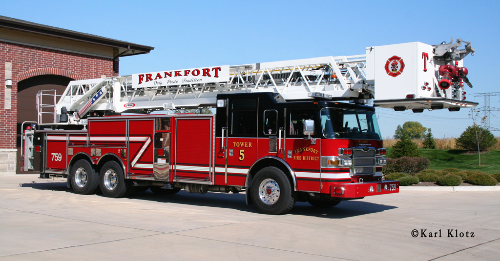 Frankfort Fire Protection District Tower 5 Pierce Arrow XT