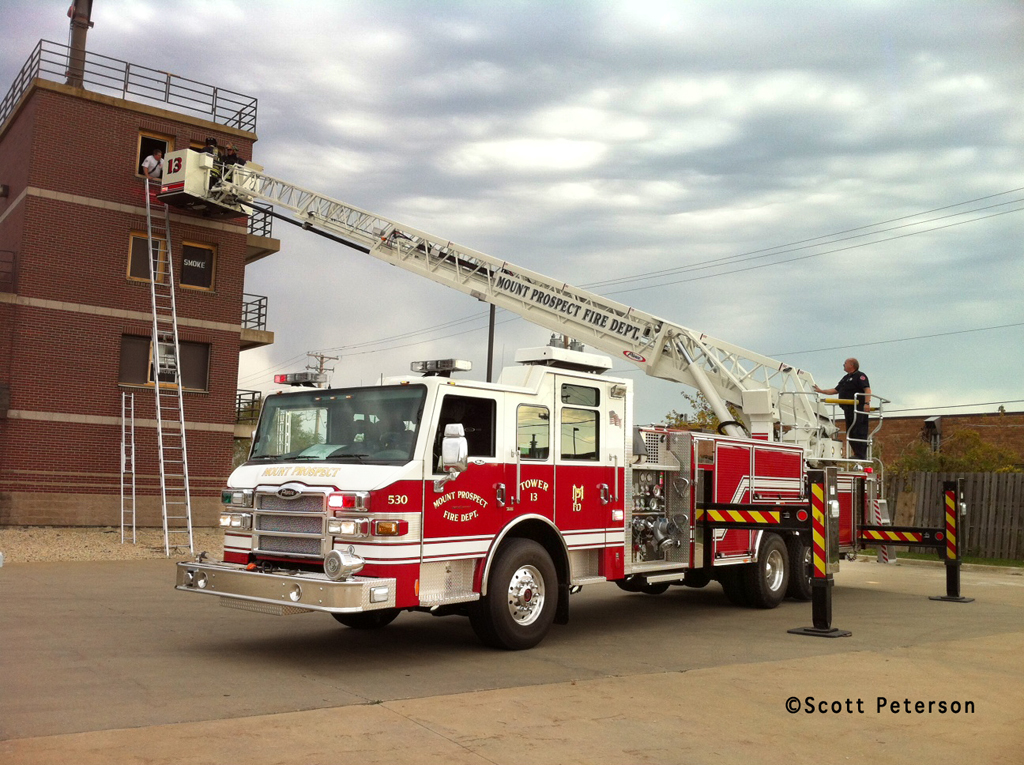 Mount Prospect Fire Department Tower Ladder 13 Pierce Velocity