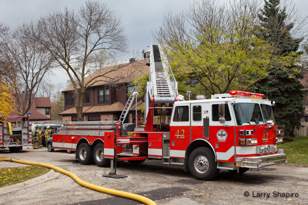 Wheeling townhouse fire at 303 Kingswood Lane 11-10-11