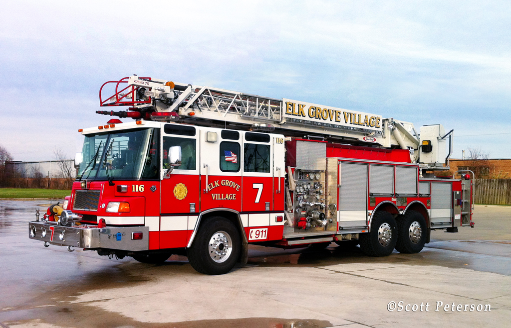 Elk Grove Fire Department Pierce Quantum Quint 7