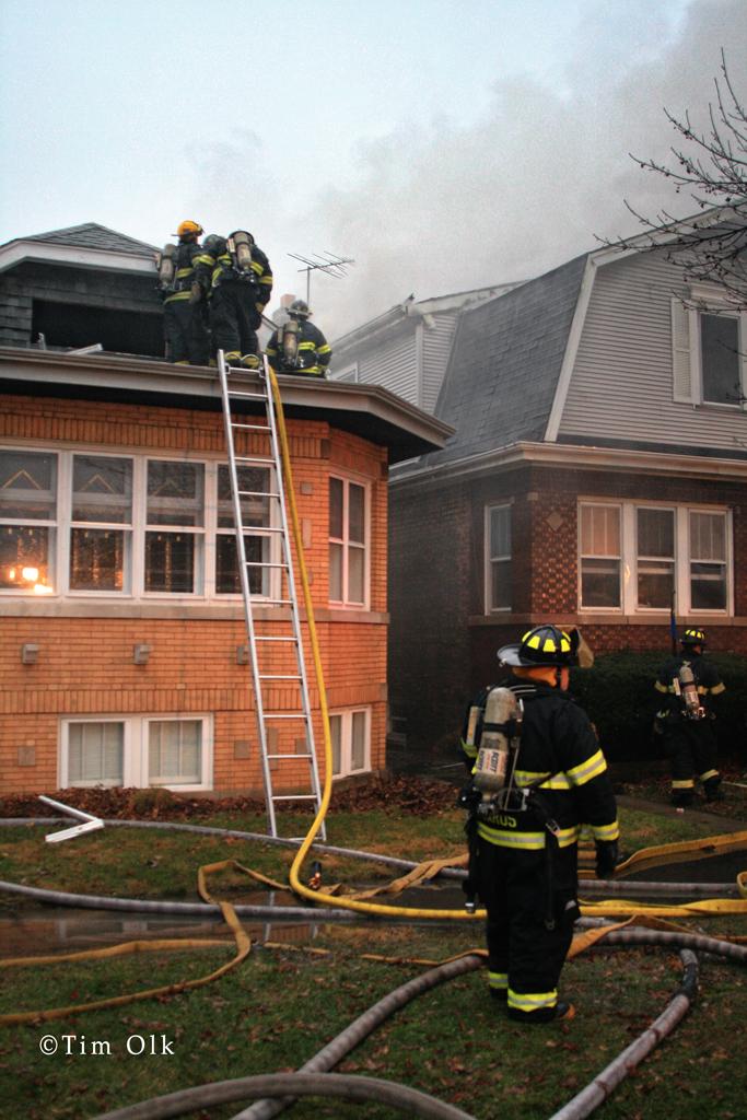 house fire in Berwyn 12-21-11